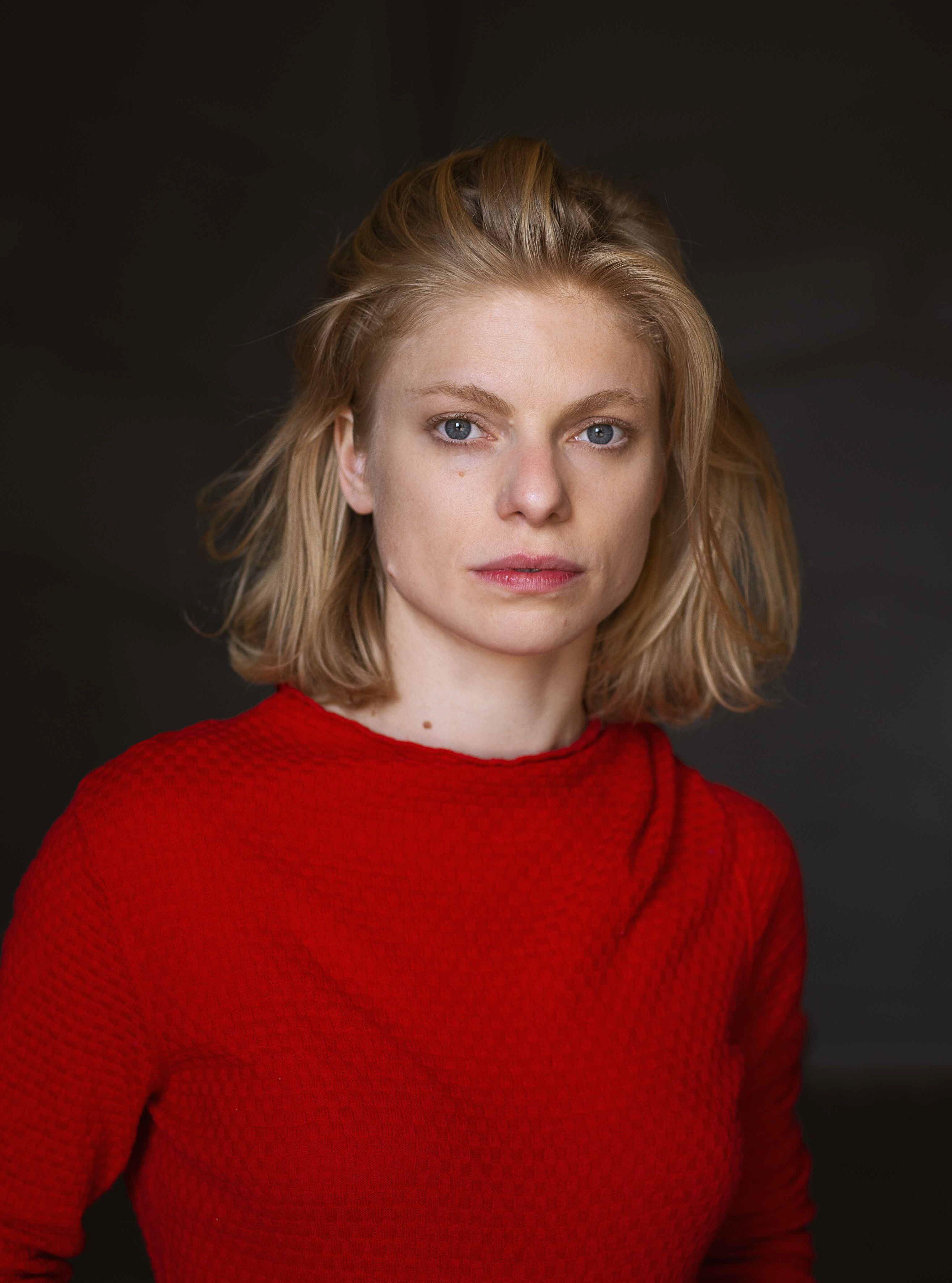 Castupload - Janina Agnes Schröder
