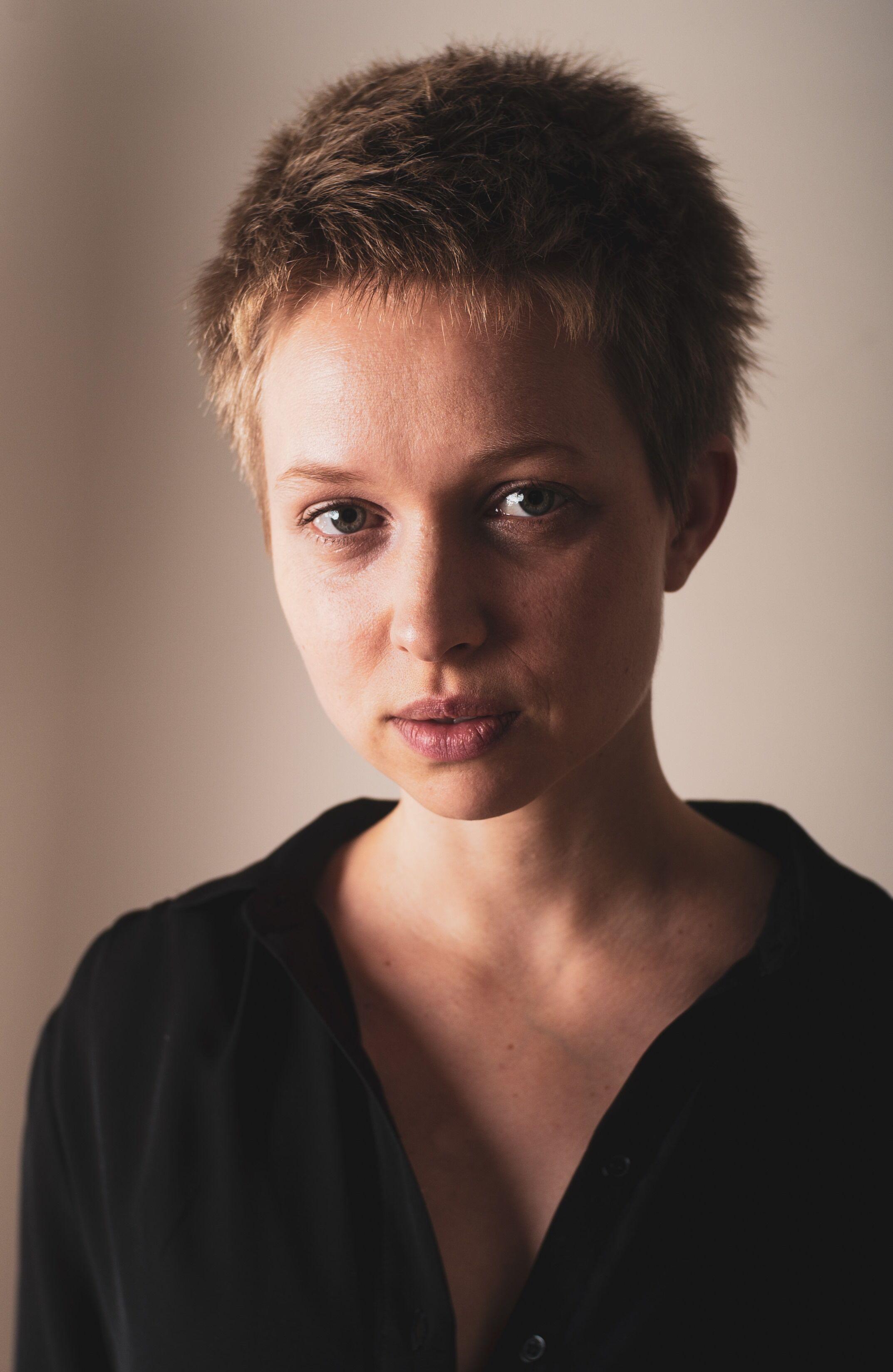Ceri Ashe, Actor, London, UK