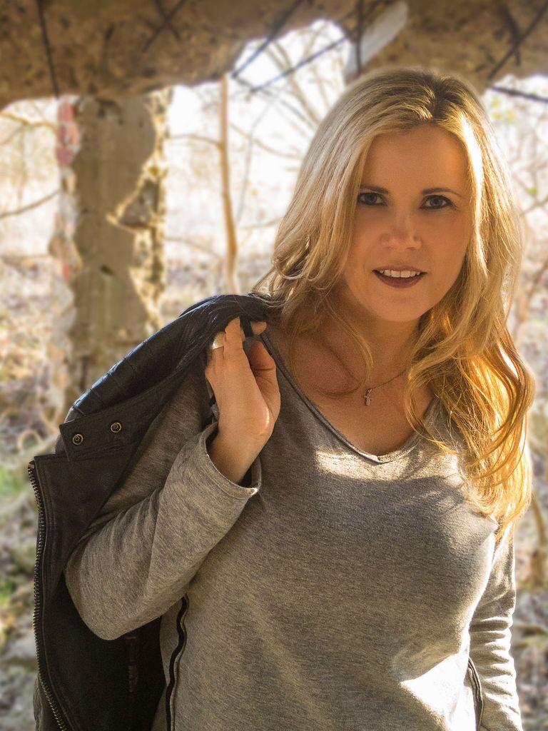 Castupload - Michaela Schaffrath