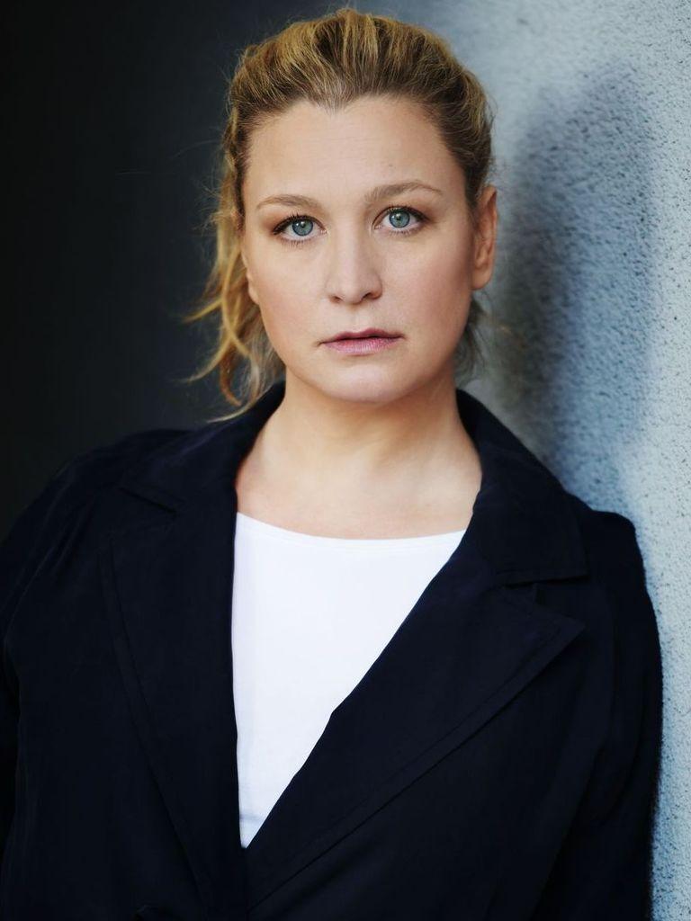Castupload - Anna König