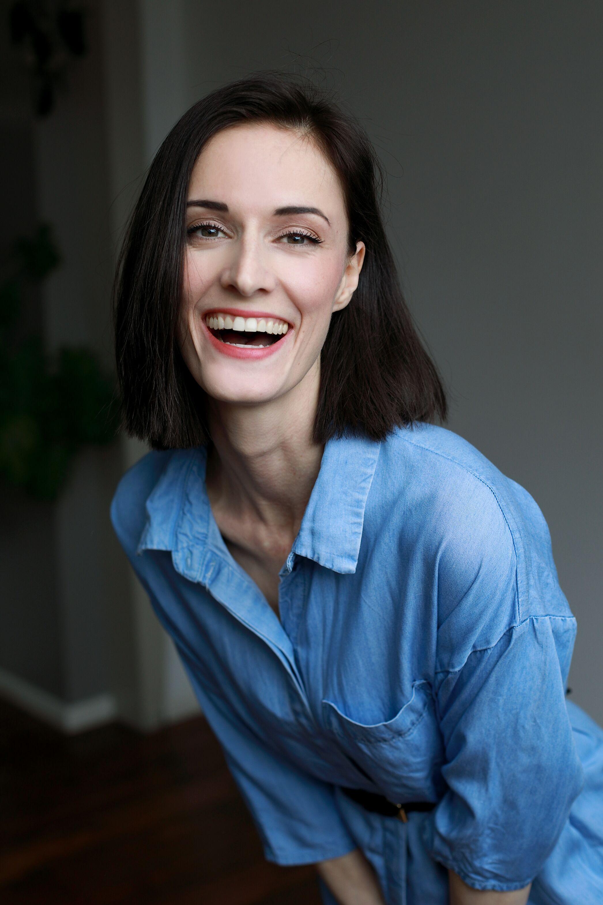 Castupload - worldwide online casting